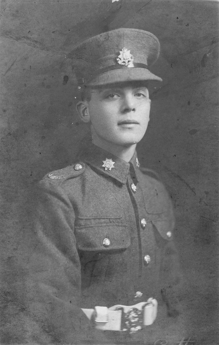 Robert in uniform as a young recruit in 1925